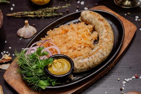 Колбаска  из копченой свинины