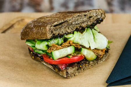 Сэндвич с рваной свининой