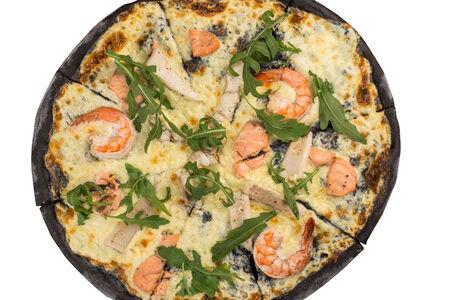 Пицца Al Nero с морепродуктами