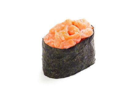 Суши спайс с лососем