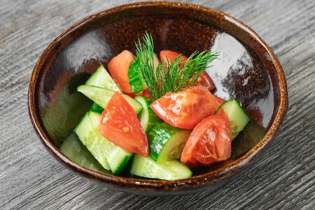 Салат из садовых овощей