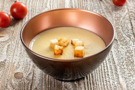 Суп-крем Сырный с гренками