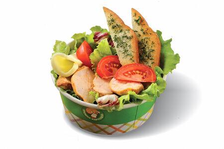 Салат с фермерской курочкой