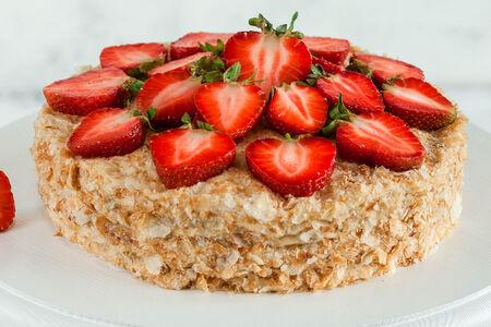 Торт Наполеон Клубника