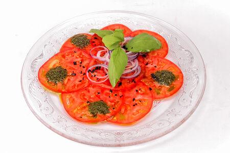 Карпаччо из спелых томатов