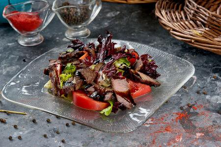 Микс салат с мраморной говядиной
