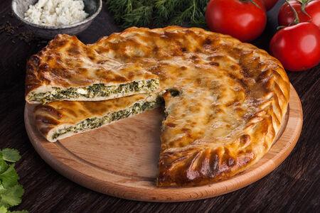 Дагестанский пирог с зеленью и творогом
