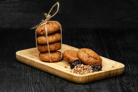 Гречишное печенье с черносливом