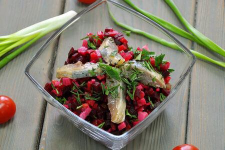 Салат Винегрет с пряной селёдочкой