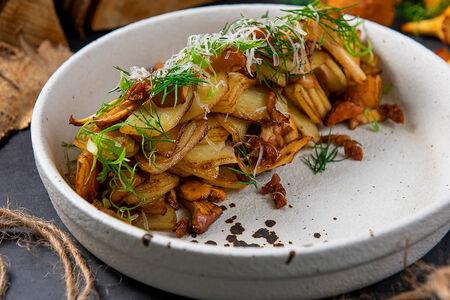 Картофель по-домашнему с грибами