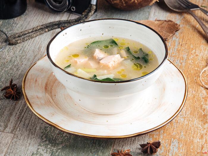Суп с семгой и шпинатом