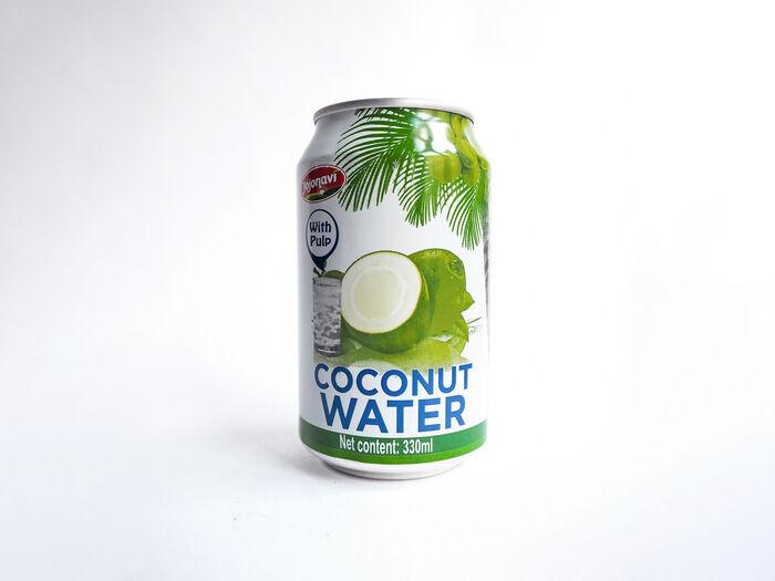 Кокосовая вода с мякотью кокоса