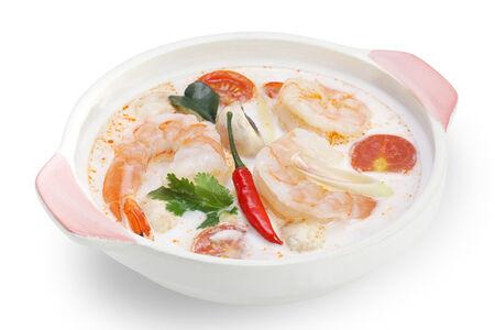 Тайский суп с тигровыми креветками и кокосовым молоком Том ка кунг