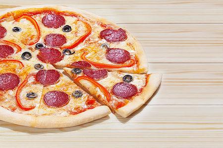 Итальянская пицца Пепперони Чили