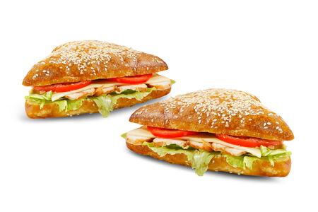 Сэндвич с курицей и помидорами