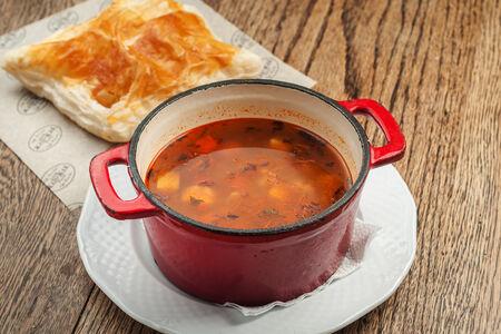 Суп с томленной говядиной