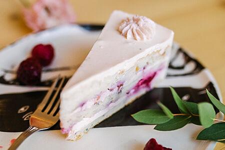 Торт Ягодный бисквитный