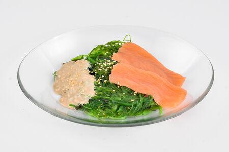 Салат Чука с лососем