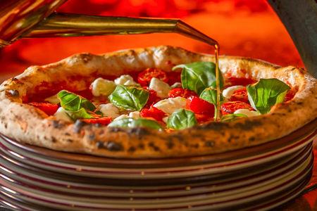 Пицца Триколоре