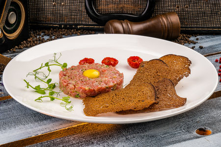 Тартар из говядины а-ля класcик