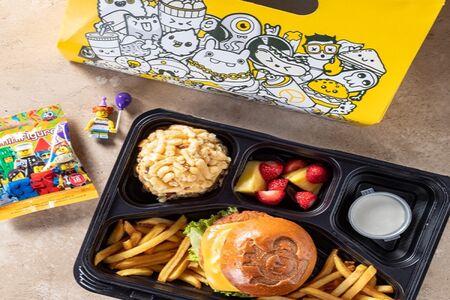 Детский обед с бургером
