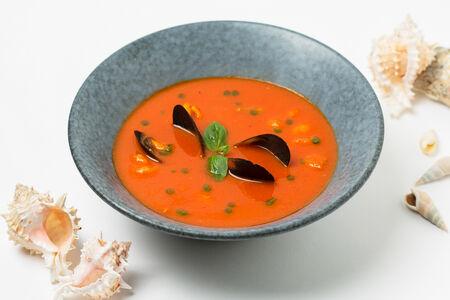 Суп Томатно-перечный с морепродуктами