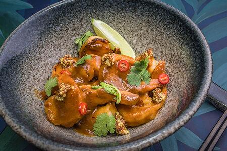Креветки в пряном тайском соусе