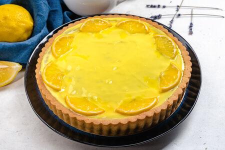 Пирог песочный с лимоном целый