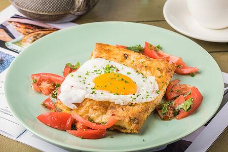 Армянский завтрак с сыром сулугуни