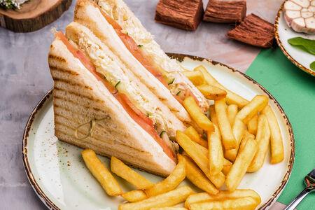 Сэндвич с курицей и картофелем