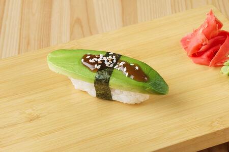 Суши Авокадо нигири