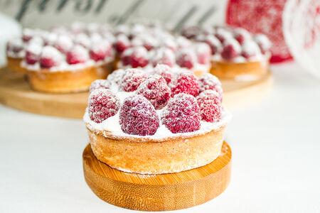 Пирожное Малиновая Тарталетка