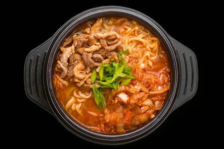 Суп Шин-рамен кимчи