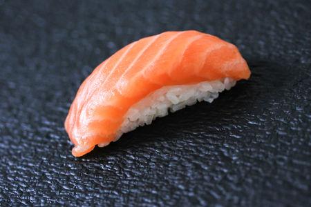 Суши Нигиридзуси