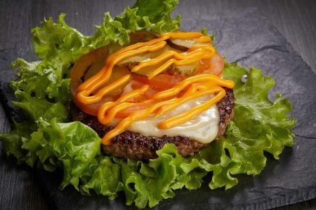 Чизбургер #farш в листьях