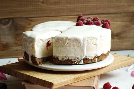 Сырный пирог-чизкейк Холодный с муссом из ряженки