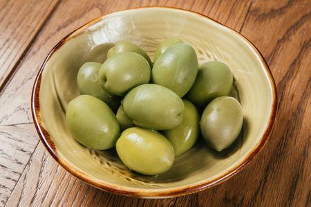 Итальянские зеленые оливки