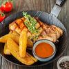 Фото к позиции меню Свиная корейка на гриле с картофелем