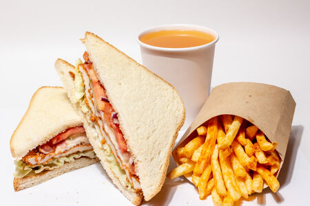Комбо Сэндвич с куриным филе и картошка фри