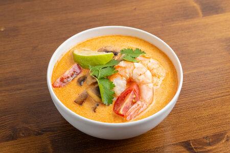 Суп Том Ям Кунг.