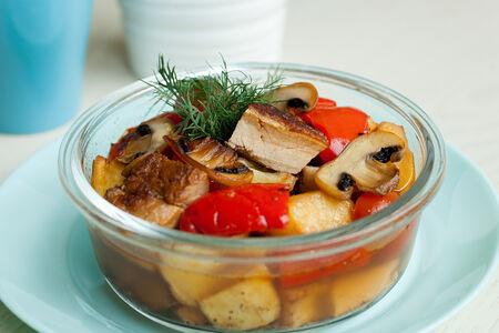 Жаркое из свинины с овощами
