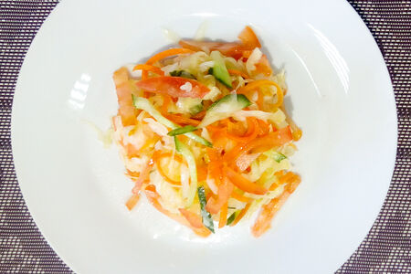 Салат Витаминный вегетарианский