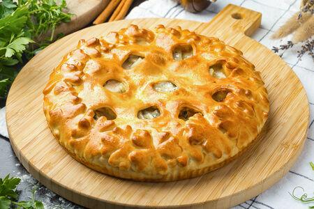 Пирог с грушей и голубым сыром