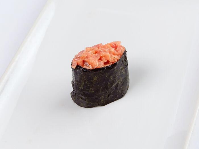 Гункан с тунцом