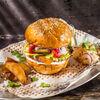 Фото к позиции меню Бургер Барбекю с говядиной и сыром чеддер