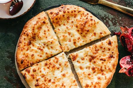 Хачапури с двойным тестом и тройным сыром
