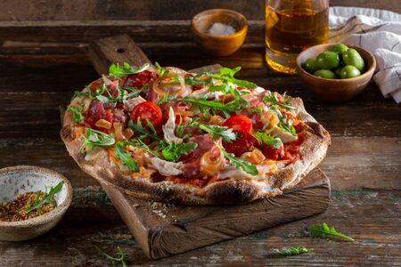 Пиццетта мясная с луком Бальзамик