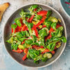 Фото к позиции меню Салат с томатами и авокадо