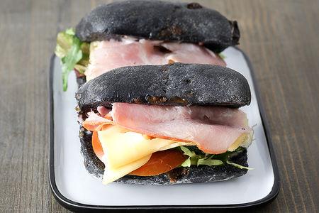 Сэндвич на булочке Детокс с ветчиной