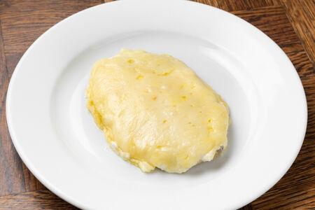 Куриная грудка, запечённая с сыром